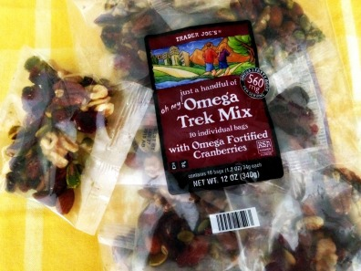Trader-Joes-Trail-Mix.jpg